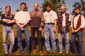Student group  E1994-05, and Erling Strand